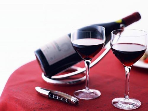 Bí quyết giảm cân bằng rượu vang