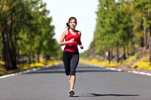 Chế độ ăn phù hợp cho người chạy bộ giảm cân