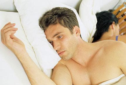 Nguyên nhân nào dẫn tới tình trạng mãn dục ở nam giới